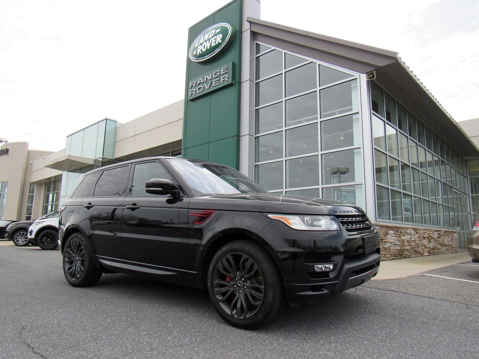 Certified Pre Owned 2017 Land Rover Range Sport Hse Dynamic
